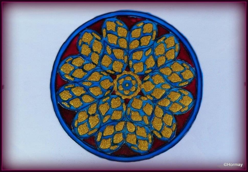 Aranyszínben úszkáló vízcseppek Mandala